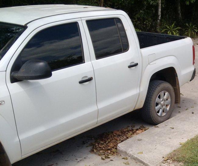 Veículo Amarok roubado pela quadrilha (Arquivo/Família)