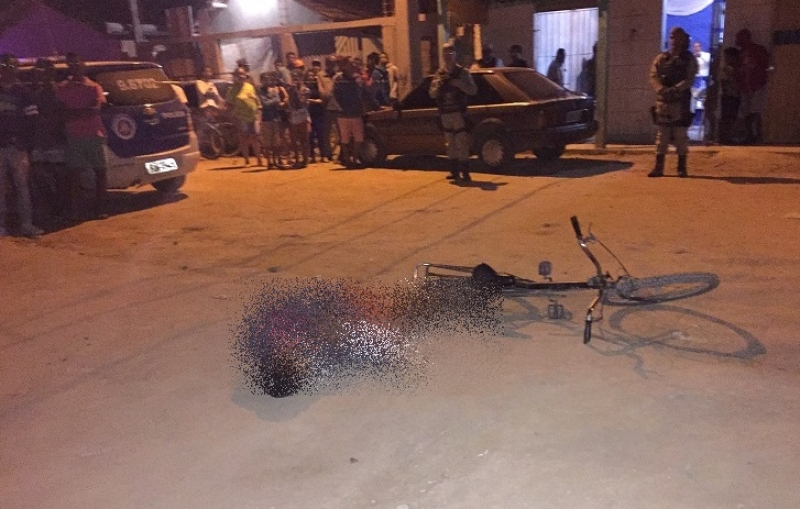 Vítima foi atingida por dois tiros nas costas. (Foto do site Liberdade News)