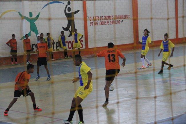 Várias equipes de Itagimirim E de Itapebi participaram de torneio de futsal nas categorias de 08 até 14 anos de idade, de ambos os sexos. (ASCOM)