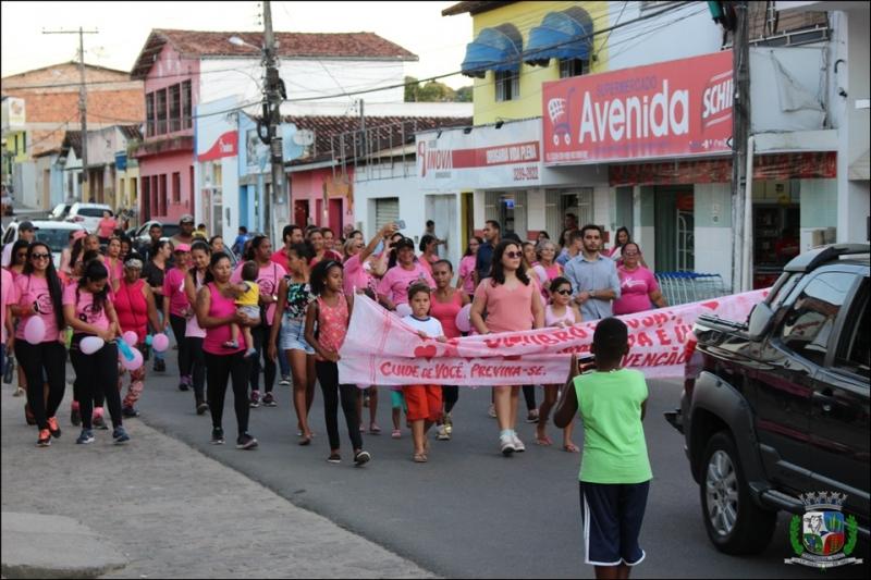 Caminhada percorreu diversas ruas de Itagimirim. (ASCOM-Prefeitura de Itagimirim)