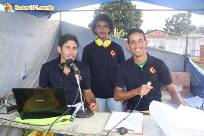 Partida foi transmitida ao vivo pela equipe da rádio Estação 87,9 FM. (Foto: Rastro101)