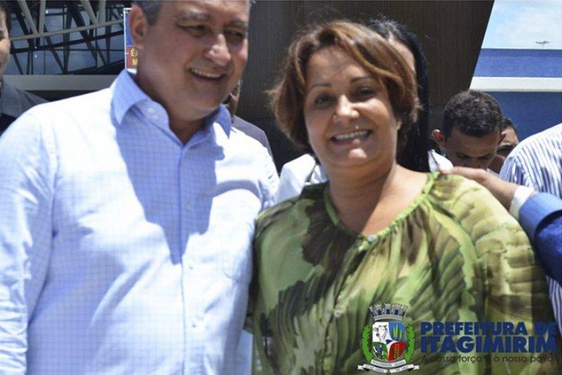 Prefeita Devanir Brillantino ao lado do governador da Bahia Rui Costa (ASCOM)