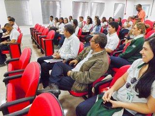 A turma de 2016 do Programa Jovem Aprendiz será iniciada agora em Julho, com jovens selecionados de Eunápolis e Porto Seguro. (Divulgação)