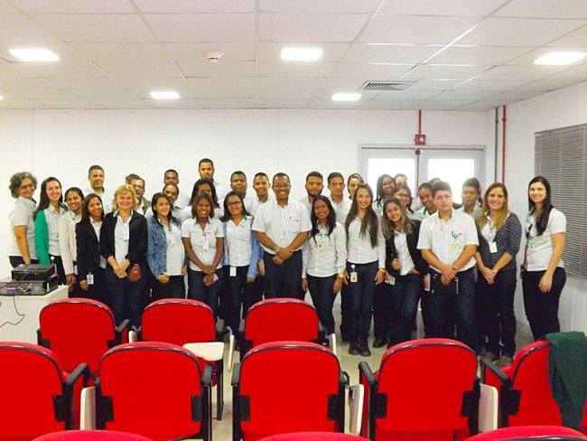 Vinte alunos, em sua maioria do município de Belmonte, foram selecionados entre mais de 700 candidatos para participar do Programa, realizado em parceria com o Senai. (Divulgação)