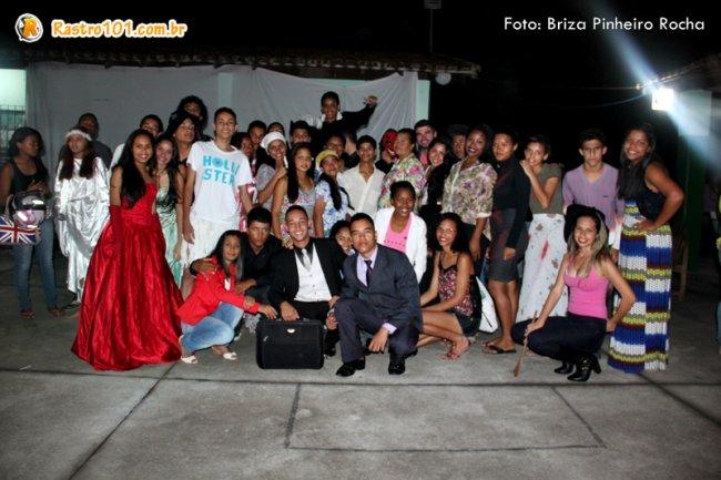 Alunos da escola estadual apresentaram a I Noite Literária (Foto: Briza Pinheiro)