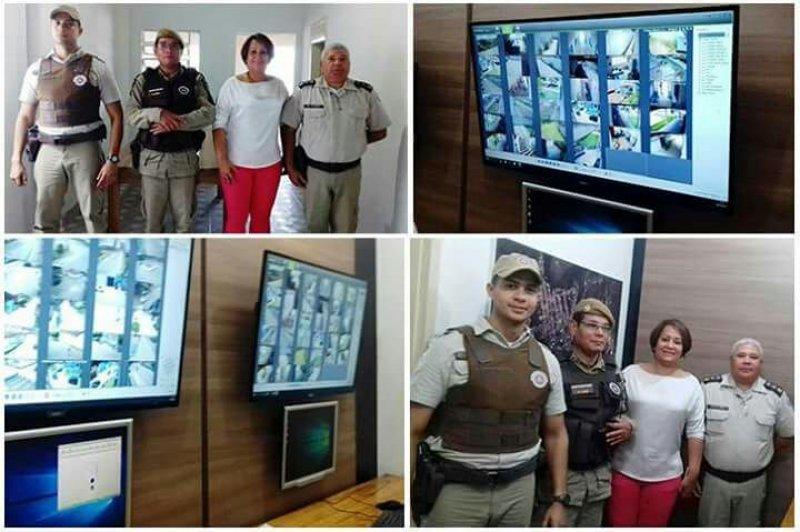 Em visita à Base da PM local, o Major Florisvaldo Ribeiro destacou a importância da parceria entre a Polícia Militar e Município, na oportunidade o Major apresentou os equipamentos e funcionalidade do sistema à prefeita Devanir Brillantino. (ASCOM)