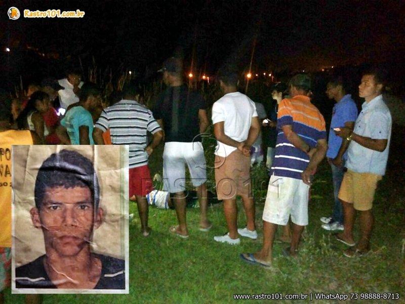 Jovem de 22 anos foi morto com vários tiros em Itagimirim. (Foto: Rastro101)