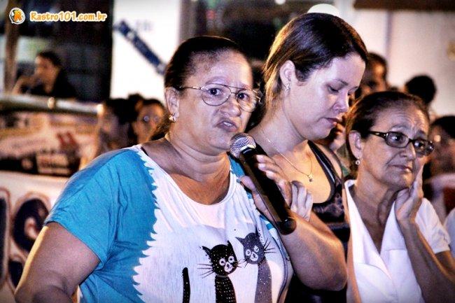 Irmão, irmã, esposa e tia, familiares e amigos clamaram por justiça. (Foto: Rastro101)