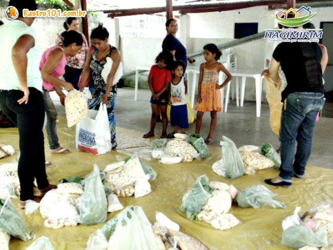 O número hoje chega a 240 famílias favorecidas pelo programa mensalmente na cidade e no distrito de União Baiana, mas até o final do ano, serão 500. (Foto: ASCOM)