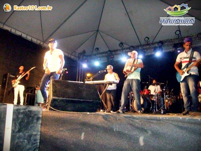 Diversas bandas, inclusive bandas locais. animaram a população de Itagimirim nos dias 30 e 31. (Foto: ASCOM)