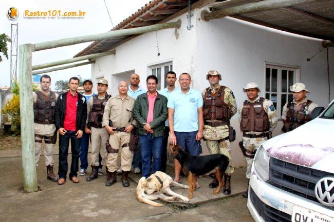 Deputado Prisco foi recebido em Itagimirim pelos policias do 3ª Pelotão da PM de Itagimirim, subordinado à 7ª CIPM. (ASCOM)