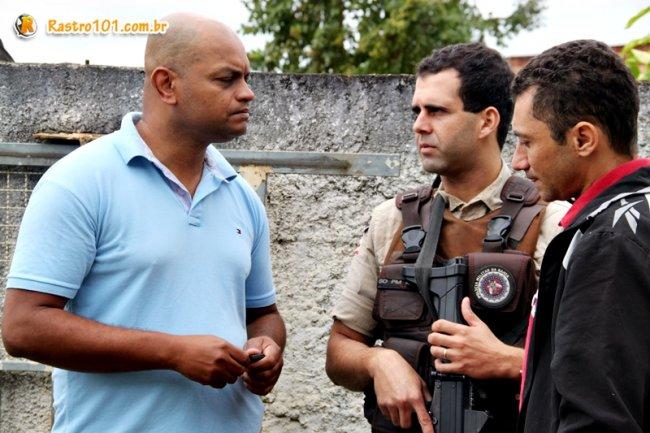 Soldado Romildo, diretor de comunicação da ASPRA, em contato com os colegas, luta para melhorias na segurança pública dos municípios. (ASCOM)
