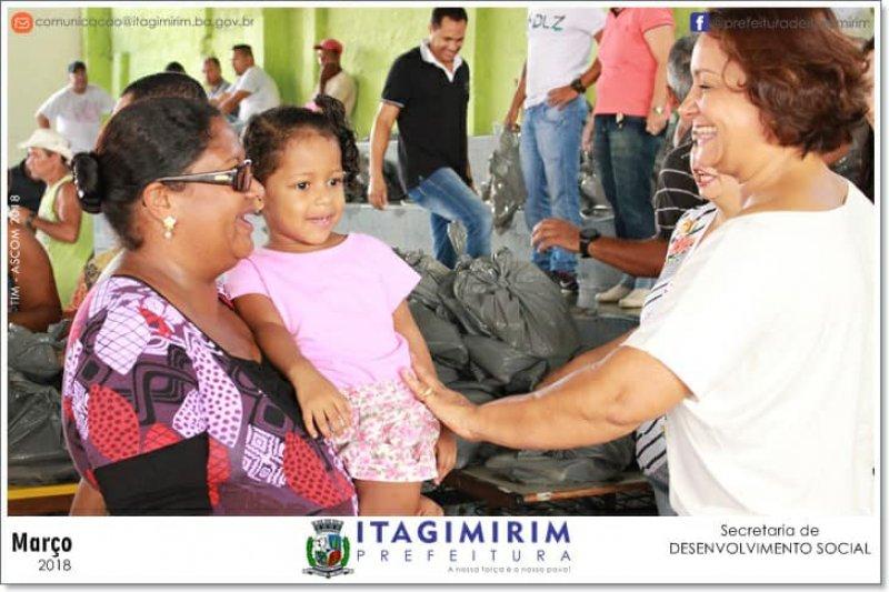 4 toneladas de peixes foram entregues em Itagimirim (ASCOM)