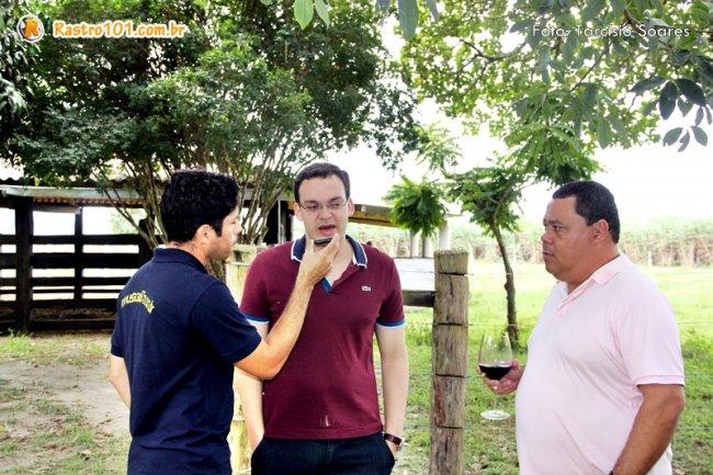 Deputado Federal Uldurico Junior em entrevista à rádio local. (Foto: Tarcísio Soares/Rastro101)