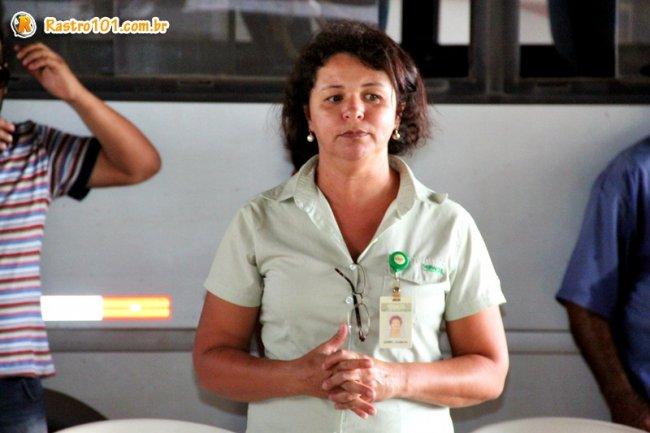 Segundo a especialista em Responsabilidade Social da Veracel, Izabel Bianchi, a entrega destes equipamentos faz parte das etapas que precedem o plantio. (Foto: Rastro101)