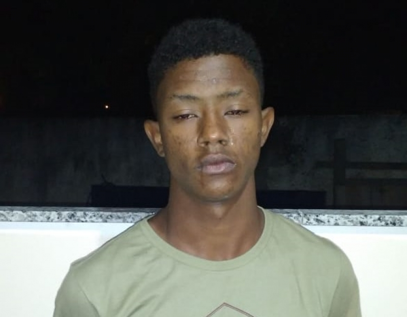Matheus de Jesus Santos tentou fugir do cerco policial. (Divulgação/PM/BA)