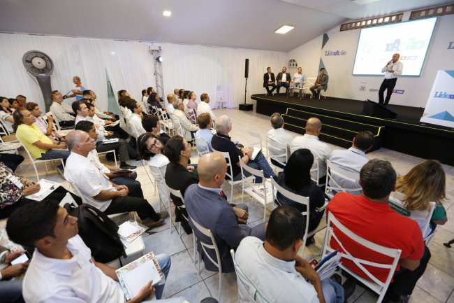 O evento do LiderAção, promovido pela Veracel Celulose, Proden e IEL, iniciou na manhã do dia 30/06 abrindo oportunidades de negócios para fornecedores da região. (Foto: Divulgação)