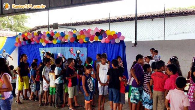 Momento de brincadeiras no Colégio Othoniel. (Foto: Miltinho)