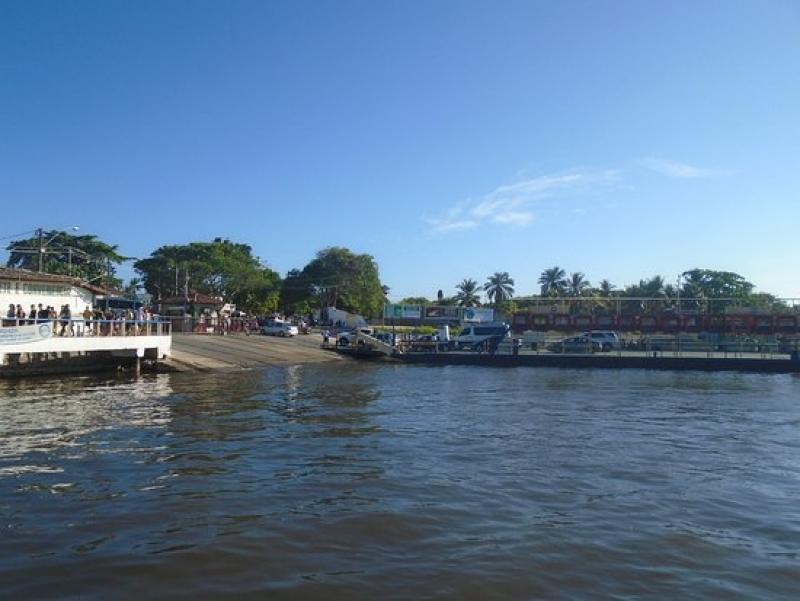 Trecho do Rio Buranhém em Porto Seguro. (Reprodução)