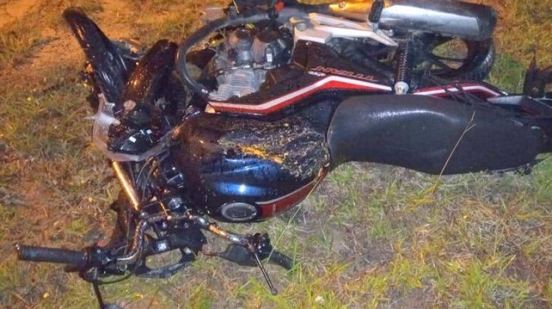 Moto colidiu com carro. (Radar64)