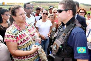 PRF esteve no local e tentou negociar a liberação da rodovia. (Foto: Rastro101)