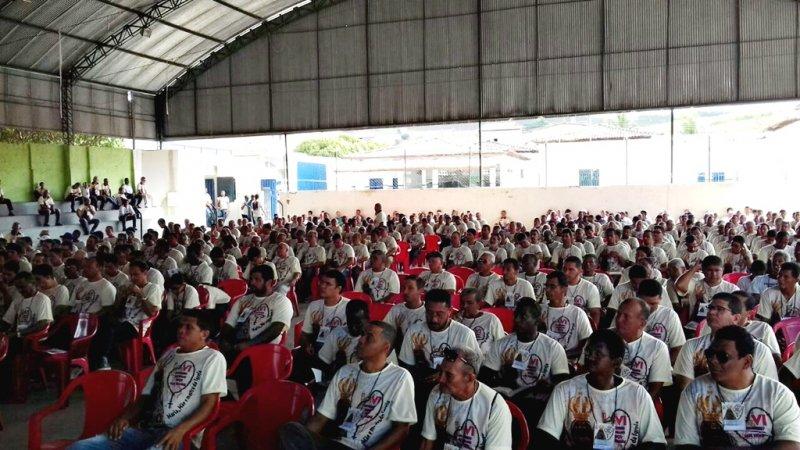 Mais de 600 fiéis se reúnem durante VI Congresso Diocesano do Terço dos homens em Itagimirim (Divulgação)