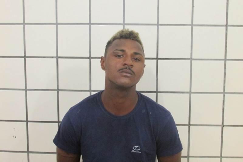 Rogério Conceição de Jesus foi preso em flagrante pela PM. (Foto do site SulBahia News)