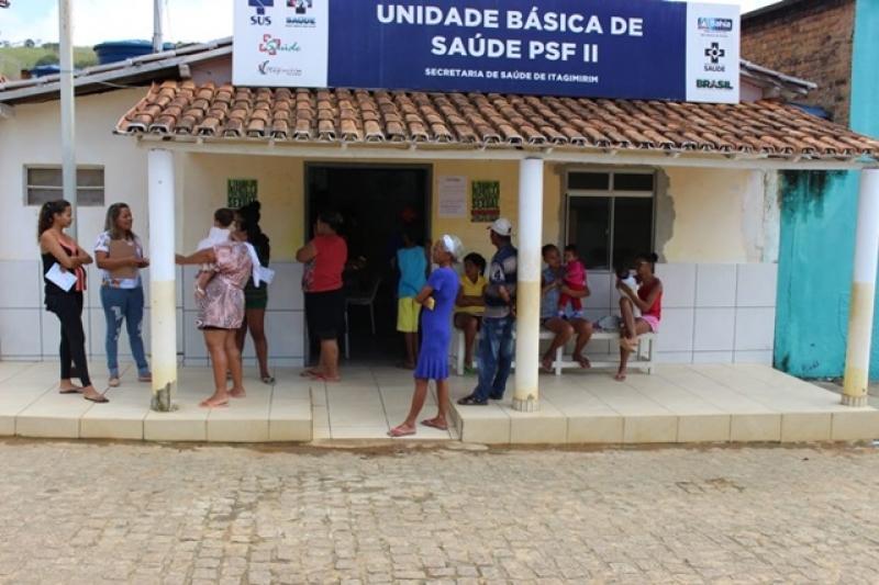 Atendimento em União Baiana. (Ascom-Prefeitura de Itagimirim)