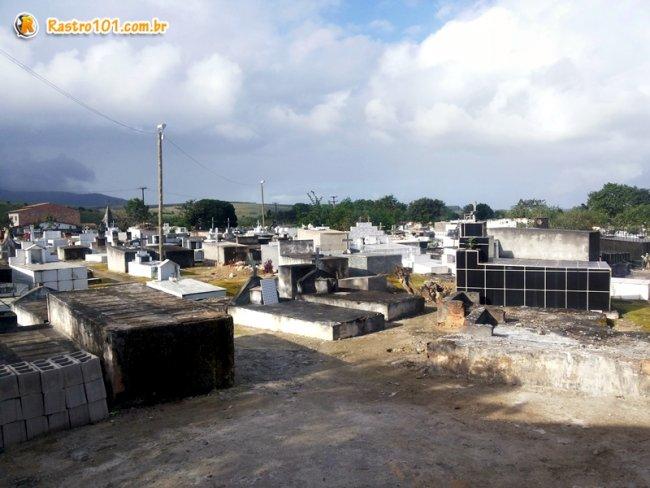 Cemitério Público Municipal de Itagimirim. (Foto: Rastro101)