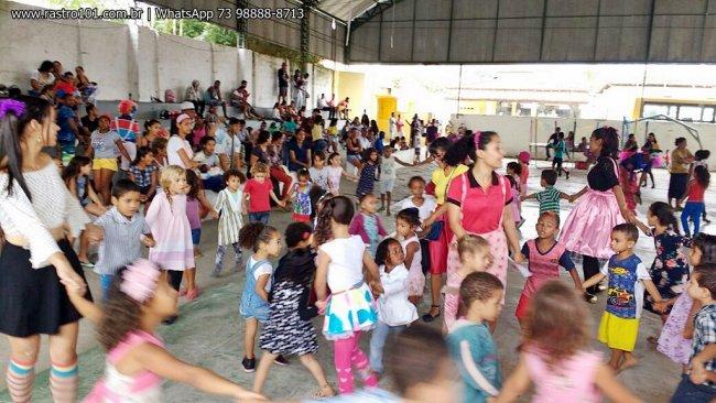 Cerca de 300 crianças brincaram e se divertiram por toda a manhã. (Divulgação)