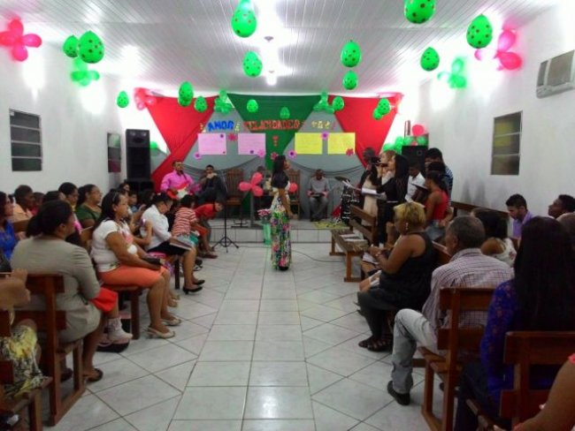 Mães receberam homenagem especial em Igreja Assembleia de Deus em União Baiana. (Foto: Adson Oliveira)