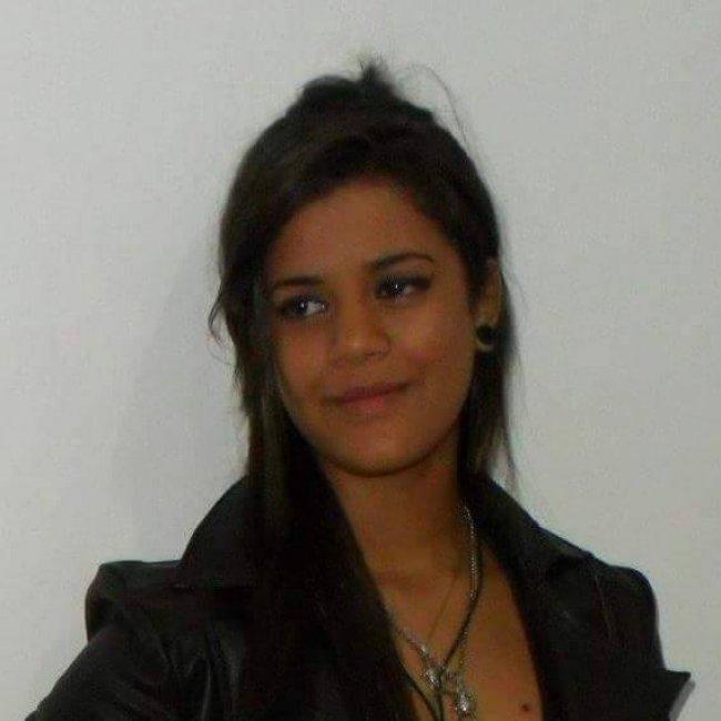 Louise Faislon, jovem desaparecida Foto: Reprodução do Facebook