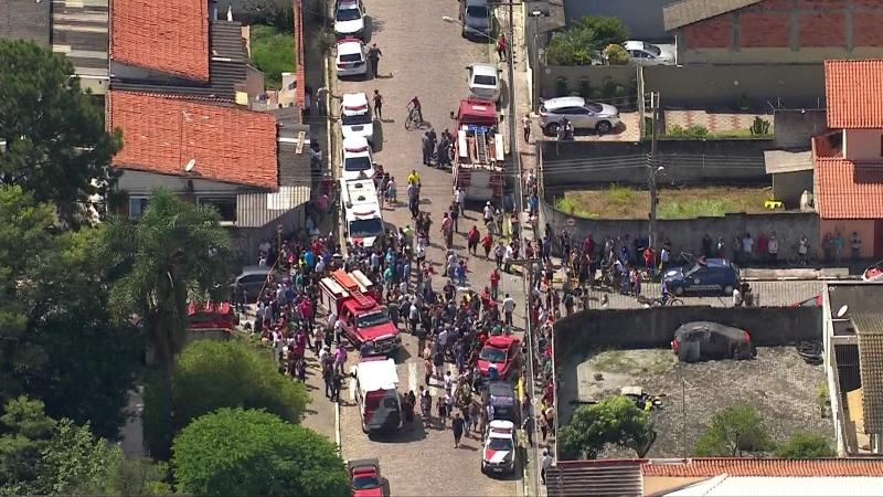 Adolescentes fizeram seis vítimas e se suicidaram em seguida. (Reprodução/Tv Globo)