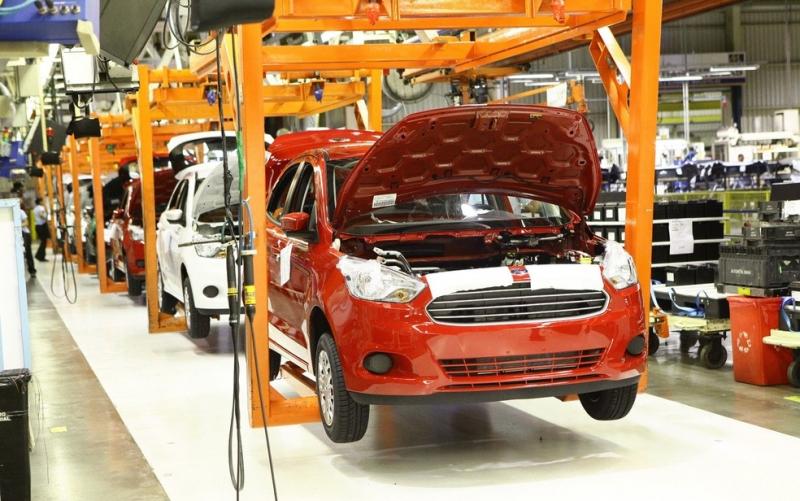 Veículo da Ford sendo montado em Camaçari (BA). (Reprodução)