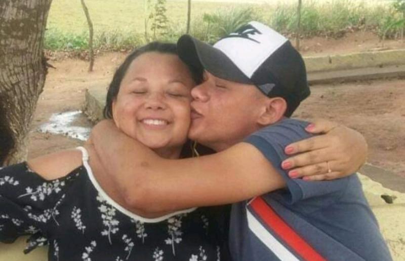Mãe é morta a facadas pelo filho na Bahia. (Reprodução: Redes Sociais)