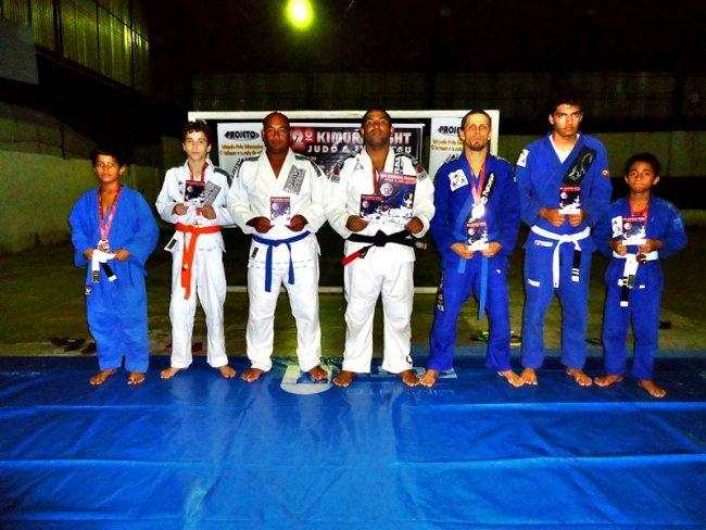 Filial da academia Lotus Clube de Eunápolis, sob o comando do Sensei Jackson Santos. (Foto: Divulgação)