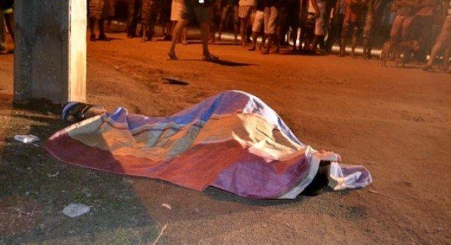 Homem foi morto a tiros em Itapebi. (Foto: Imprensananet)