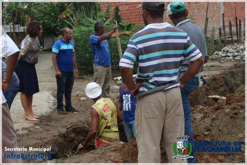 Obras estão sendo realizadas em diversas ruas de Itagimirim (Ascom)
