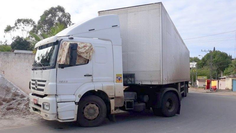 Veículo que foi recuperado pelos militares. (Foto de Gustavo Moreira / Radar64)