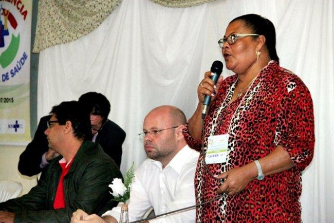 Para Delmira, Presidente do Conselho Municipal de Saúde do município, setor da saúde da cidade está atendendo a contento. (ASCOM)