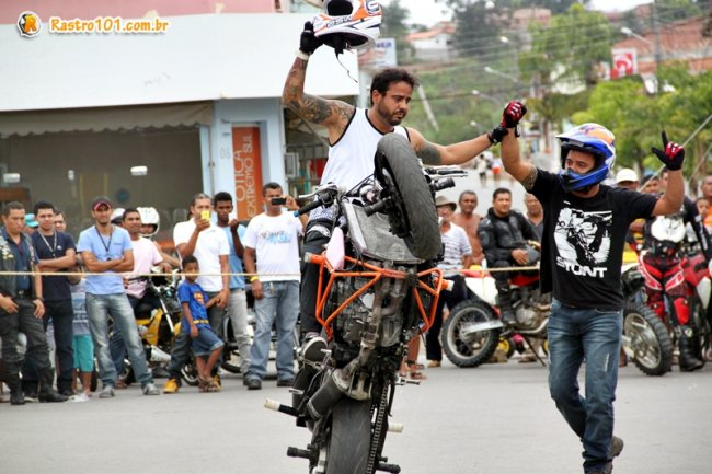 Piloto Faguinho Santos do R11 Moto Show apresentou com sua equipe mais uma vez em Itagimirim. (Foto: Rastro101)